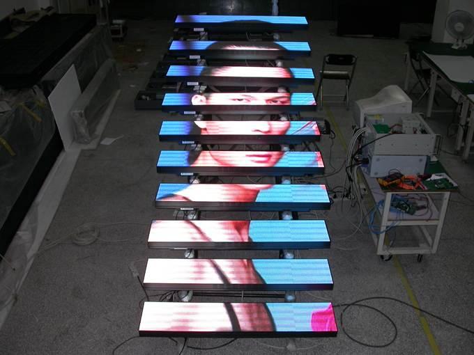 Светодиодная видео лестница